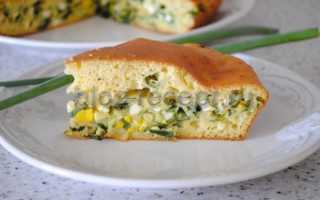 Заливной пирог с зеленым луком и яйцами